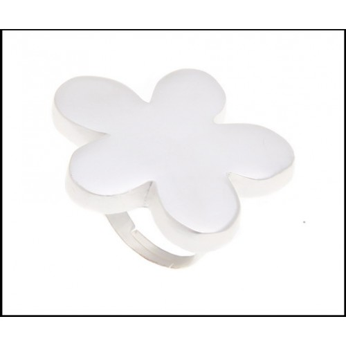 Pale silver adjustable flower ring