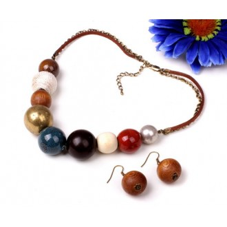 Mixed chunky beads style multicoloured necklace with lobster claspand extender with matching round wood earrings set
